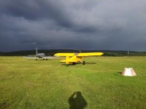 Flygväder för Cub, men ingen fallskärmshoppning..